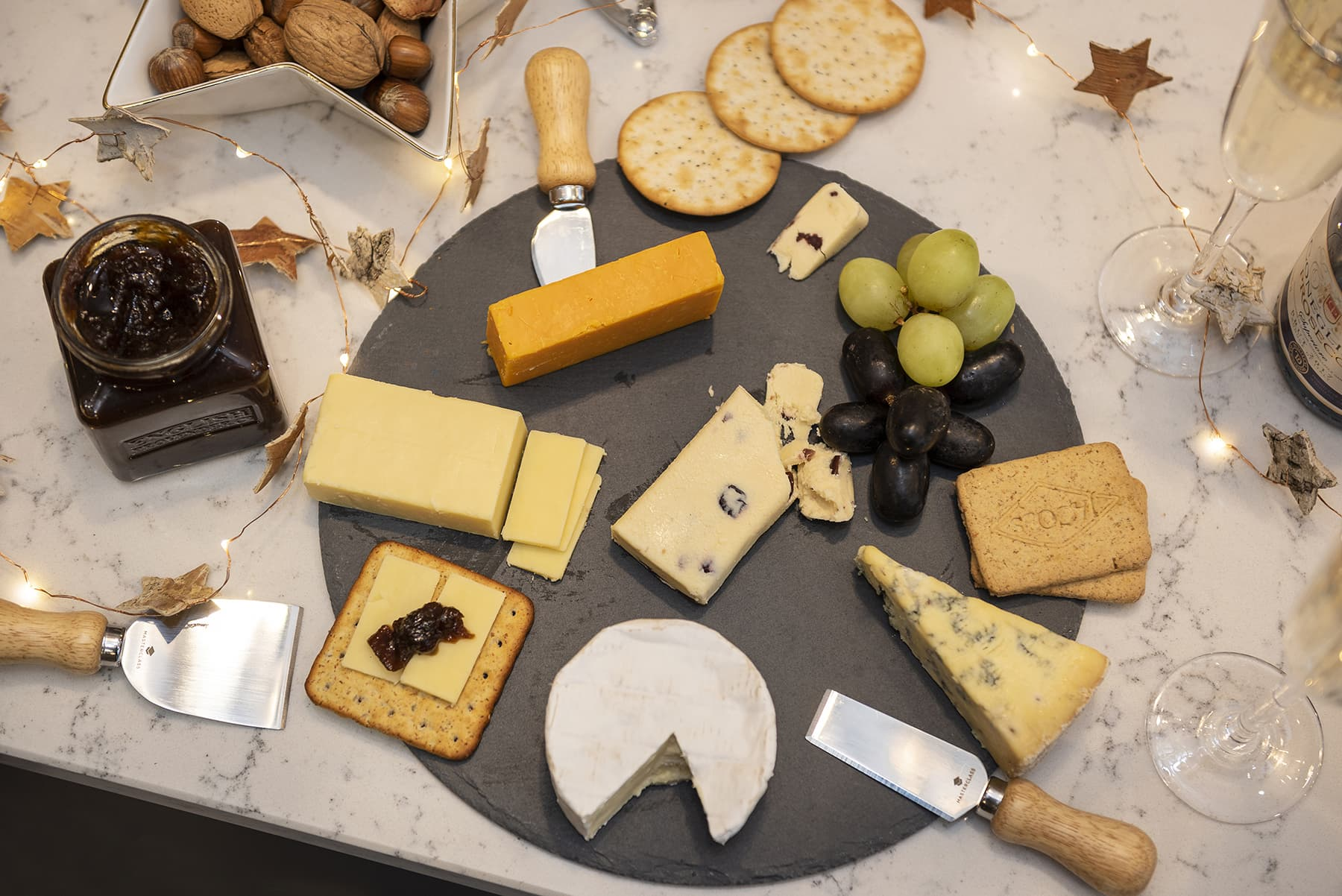 Host the Perfect New Years Cheese