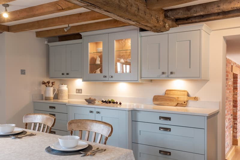 Highbury Kitchen with oakley table