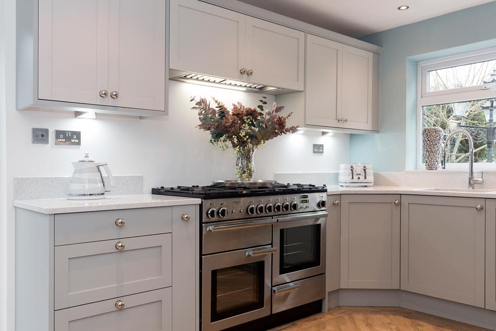 Hammonds_Furniture-Gregory_Kitchen-Real_Room-04.jpg
