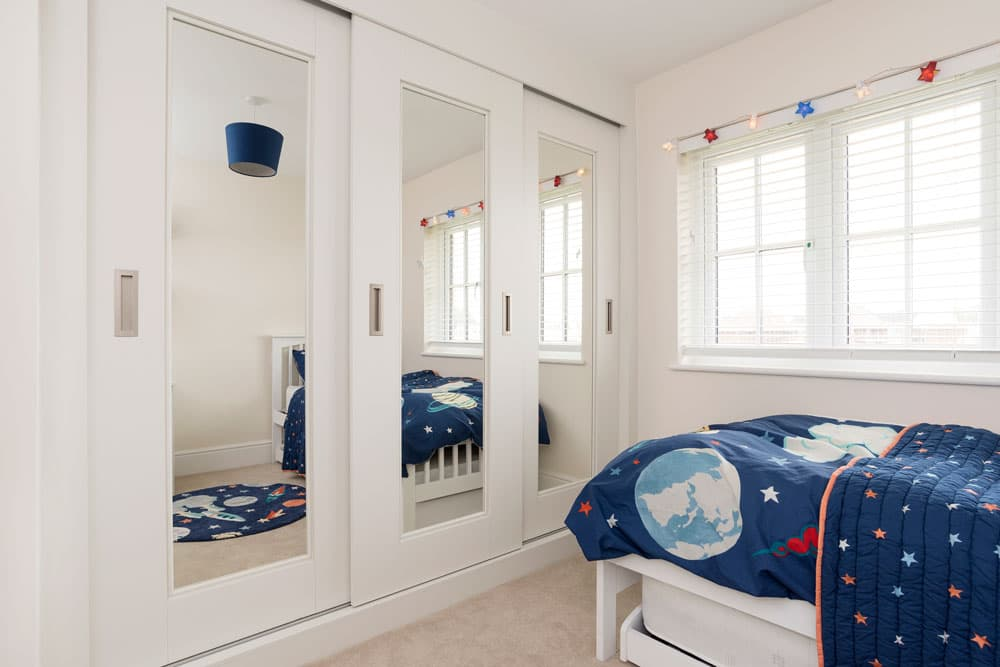 bedroom_Harpsden_White-Kids_Bedroom_Makeover-12.jpg