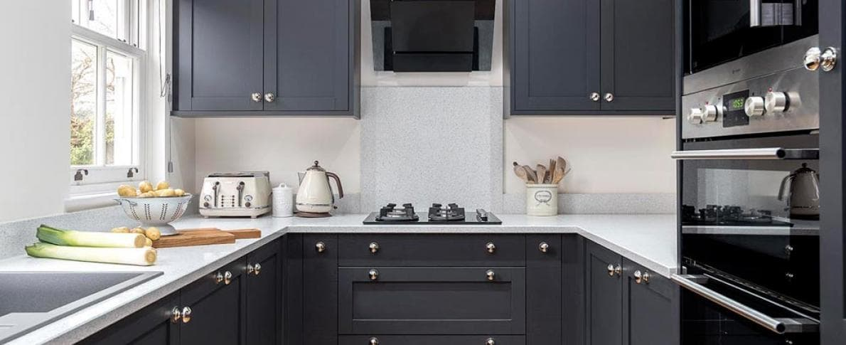 kitchen_casestudy_shaker_croft_Mrs_Robinson-Hammonds_Furniture-Real_Rooms-Croft_Kitchen-05.jpg