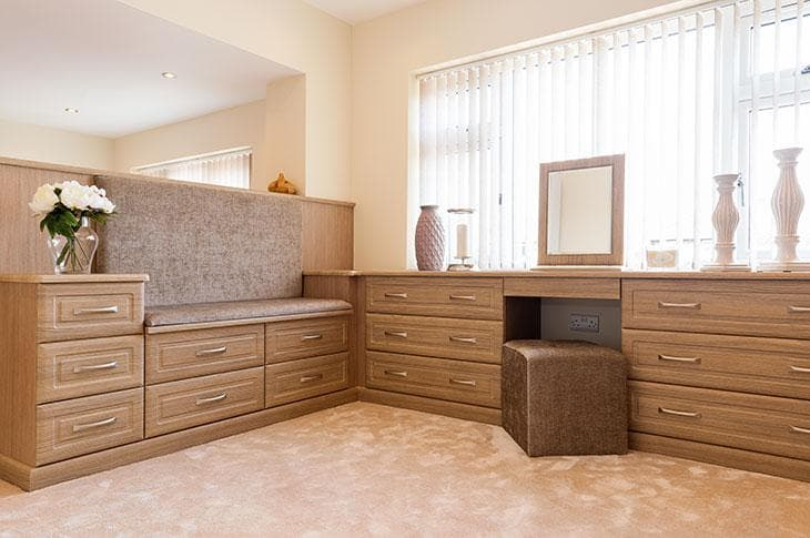 Odessa Oak fitted bedroom seat pads and dressing table