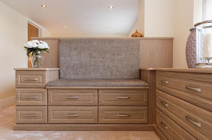 Odessa Oak fitted bedroom seat pads close up shot