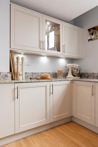 Shaker style U-shaped kitchen