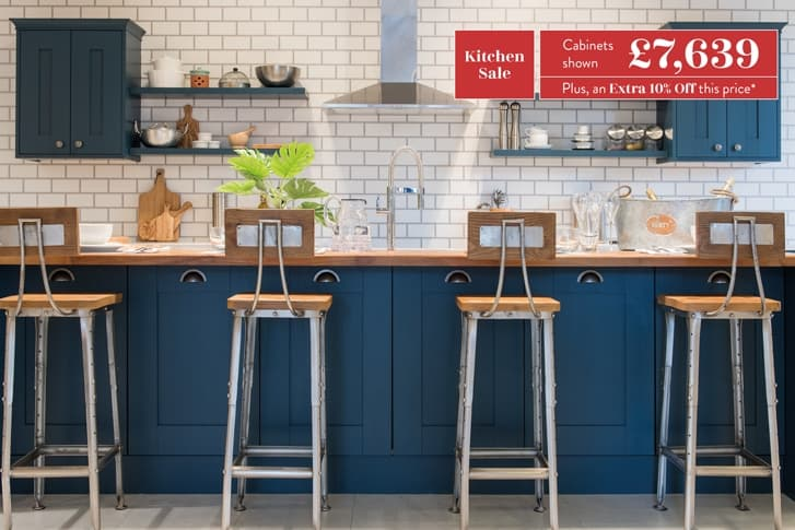 Highbury breakfast bar, cabinets and stools in blue with price