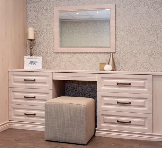 Image of white dressing table and mirror at Park Furnishers Store in Bristol