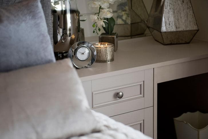 Harspden dressing table with bedroom accessories