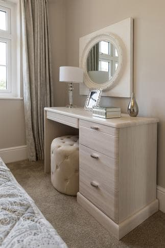 Side angle of Hammonds Libretto dressing table
