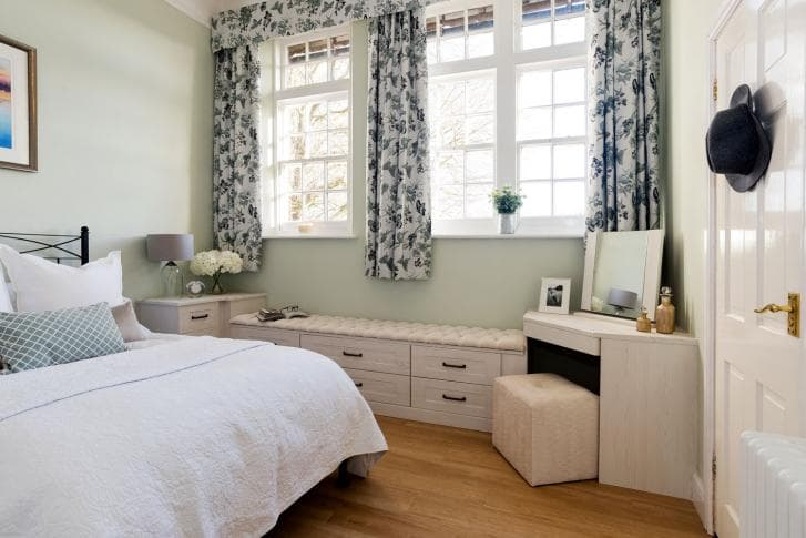 Hammonds_Furniture-Wright-Seton_Bedroom-03.jpg