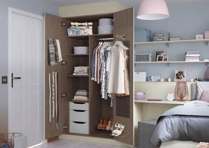 bedroom_ELKIN_CREAM_GIRLS_INTERNAL_ROBE_STORAGE.jpg