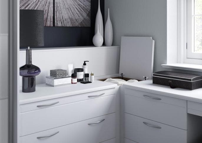 bedroom_LIBRETTO_MATT_WHITE_SILVER_FROSTED_INSET_CORNER_LINEN_BIN.jpg