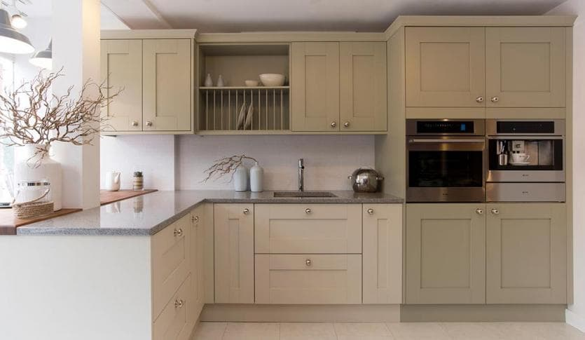 kitchen_casestudy_modern_shaker_chelt_Cheltenham-Highbury_Kitchen-Hammonds_Furniture-02.jpg