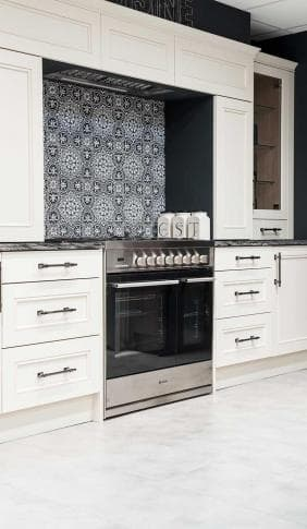 kitchen_casestudy_trad_shaker_store_event_220916_hires-1009.jpg