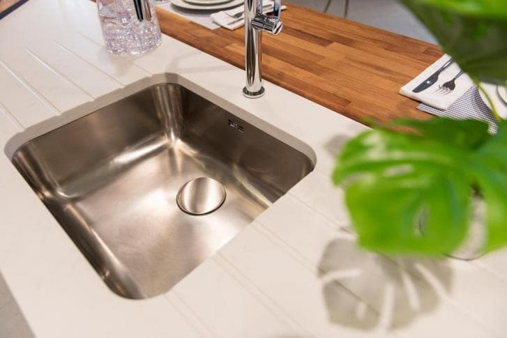 sink close up.jpg