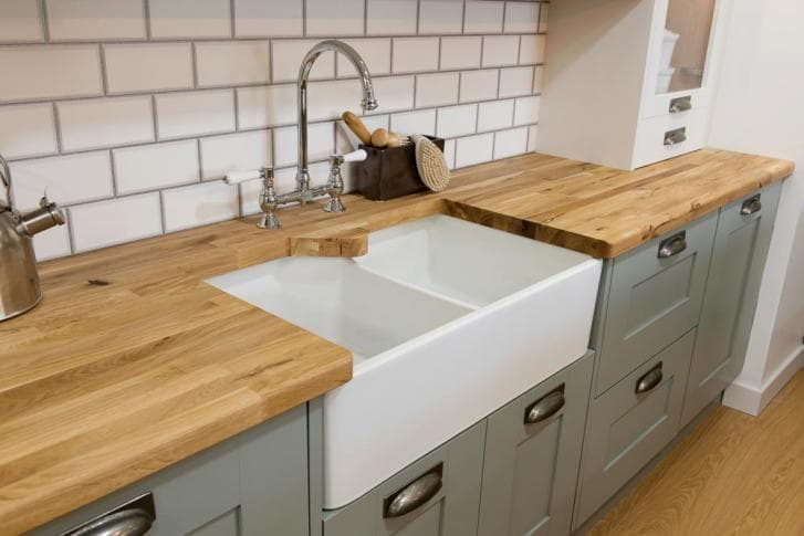 tap and sink 2.jpg