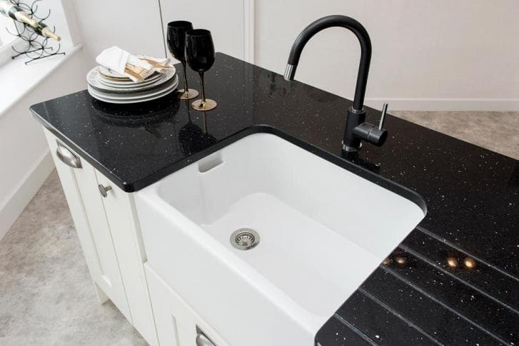 tap and sink 3.jpg
