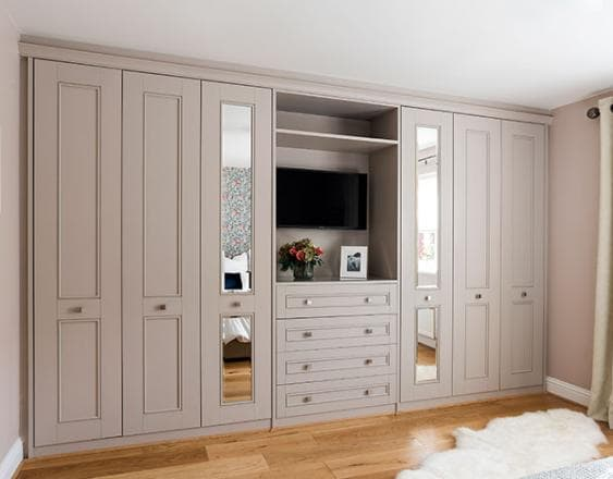 Harpsden light praline fitted furniture