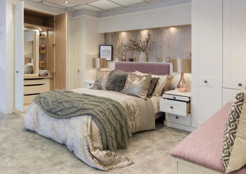 white-fitted-bedrooms-texture.jpg